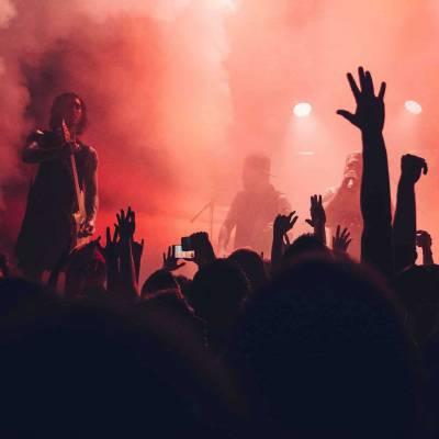 Lys og lyd skal spille max sammen til dit event